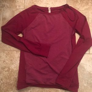 Under armour sweater size S